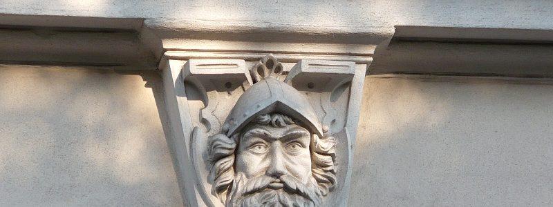 Głowa, głowa, wszędzie głowy – foto zagadka nr6
